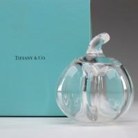 9.Tiffancy Co. Crystal Pumpkin Paper Weight